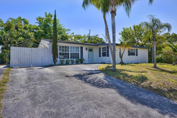 4414 Bellewood Street, Palm Beach Gardens, FL 33410