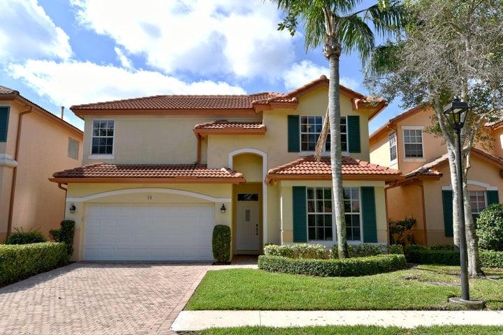 98 Monterey Pointe Drive, Palm Beach Gardens, FL 33418