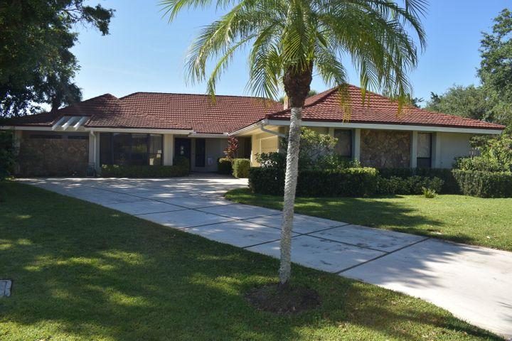 6 Graemoor Terrace, Palm Beach Gardens, FL 33418