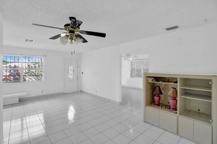2624 Oklahoma Street, West Palm Beach, FL 33406