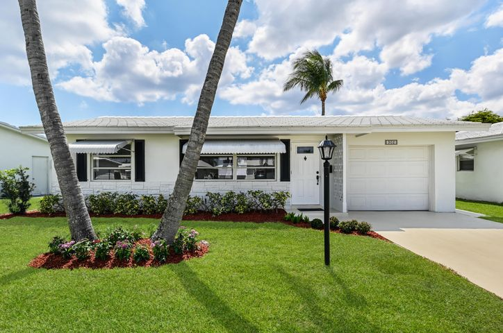 902 SW 7th, Boynton Beach, FL 33426
