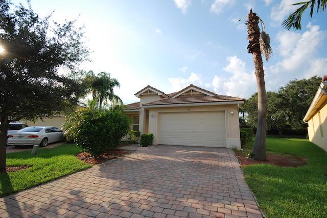 349 Mulberry Grove Road, Royal Palm Beach, FL 33411