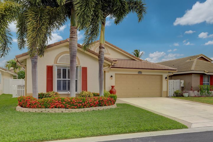7876 Manor Forest Lane, Boynton Beach, FL 33436