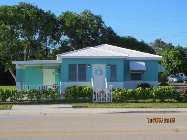 8315 SE Bridge Road, Hobe Sound, FL 33455