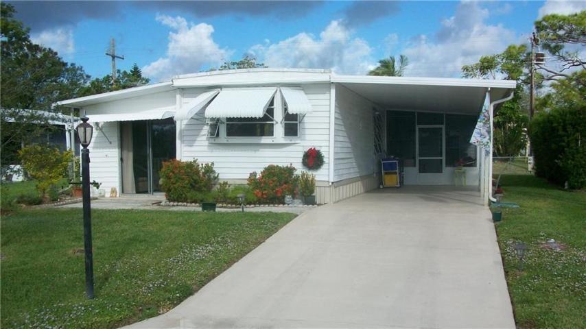 7053 SE Redbird Circle, Hobe Sound, FL 33455