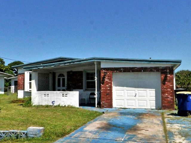 1902 N 16th Street, Fort Pierce, FL 34950