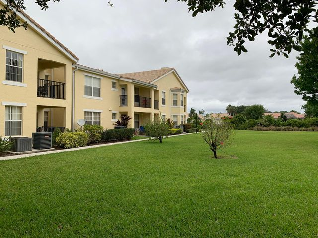 St Luce West Condo! Discover this Two Bedroom, Two Bath Condo in The Belmont. This unit features newer carpet, chefs kitchen with appliances, inside laundry room, large master bedroom with separate shower. Unit is clean and shows great! This is a ground floor unit. Excellent St Lucie West location. Perfect for first time home buyer or snowbird. The Belmont is a gated community with a luxurious clubhouse, pool, tennis and more!