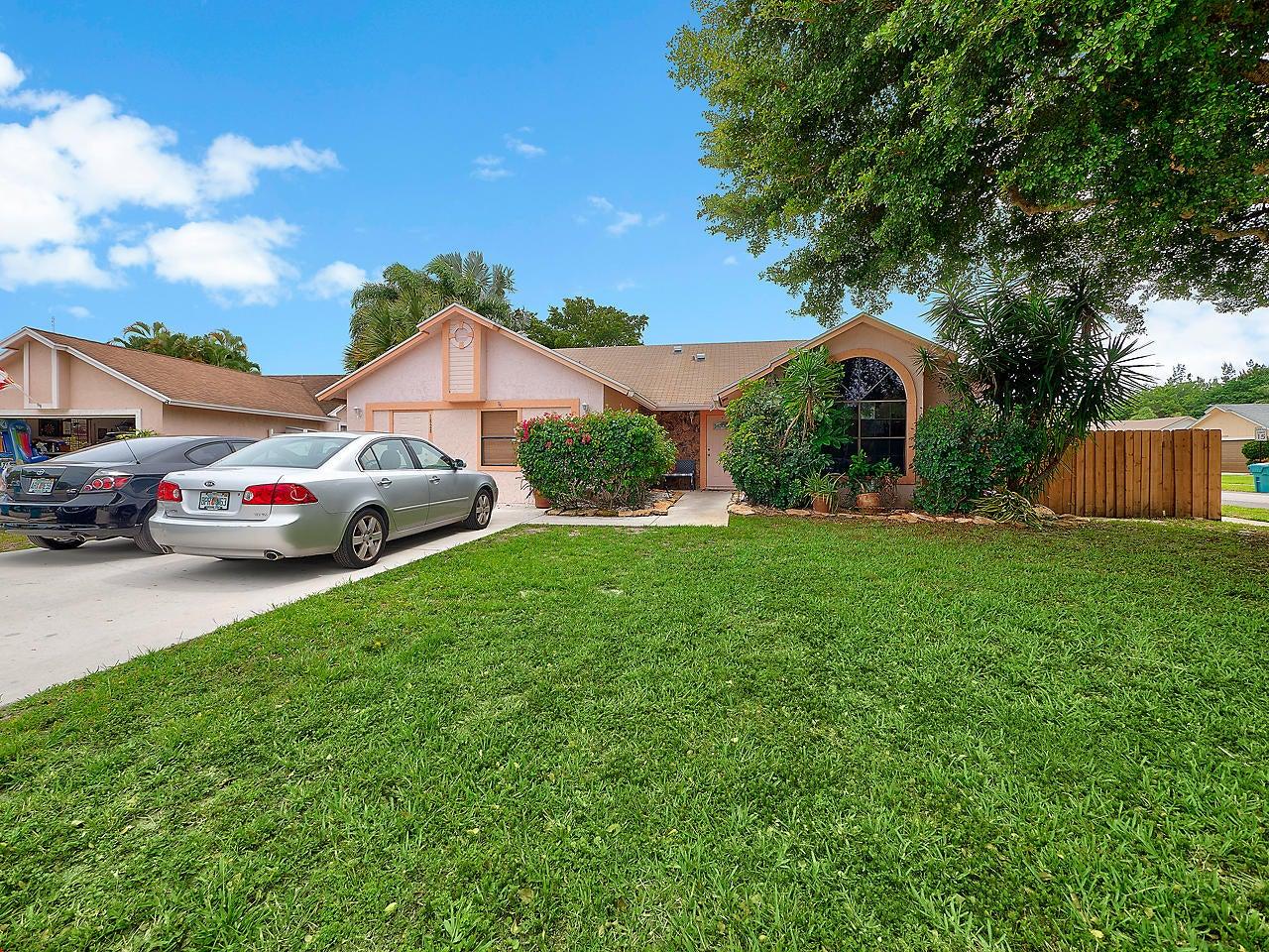 1828 Banyan Creek Circle N, Boynton Beach, FL 33436