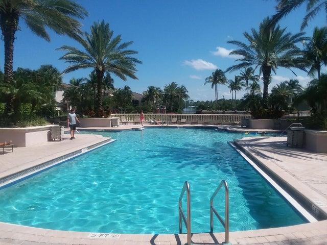 2915 Tuscany Court, 204, Palm Beach Gardens, FL 33410