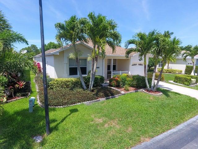 520 NW Galatone Court, Port Saint Lucie, FL 34986