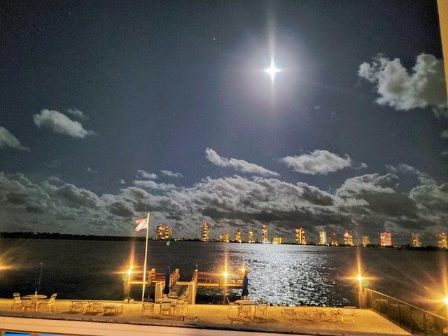 100 Paradise Harbour Boulevard 201, North Palm Beach, FL 33408