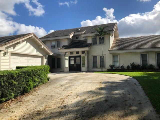 2719 Embassy Drive, West Palm Beach, FL 33401