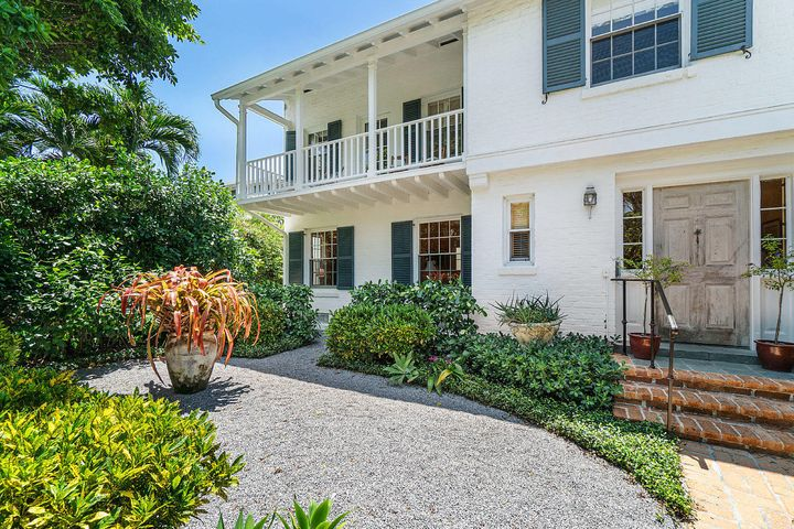 124 Australian Avenue, Palm Beach, FL 33480