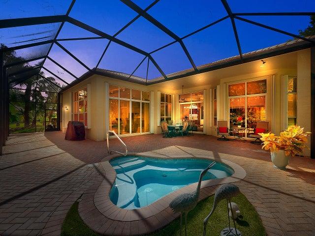 8824 SE Oak Grove Terrace, Hobe Sound, FL 33455