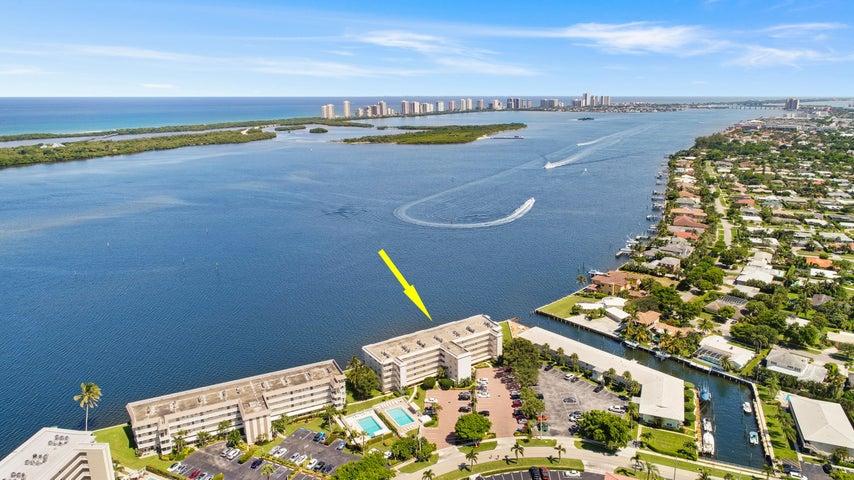 60 Yacht Club Drive 405, North Palm Beach, FL 33408