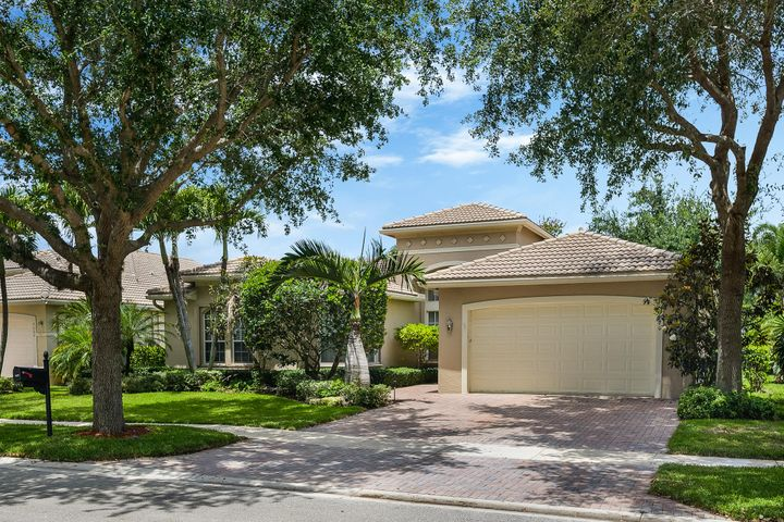 7070 Great Falls Circle, Boynton Beach, FL 33437