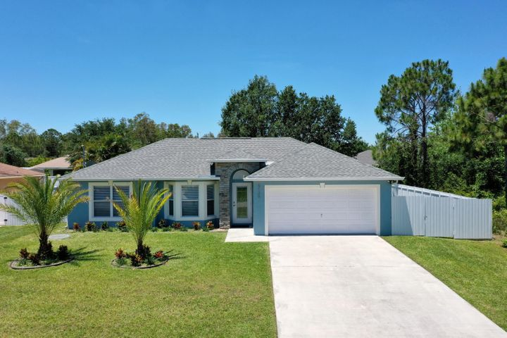 NICE 4 BEDROOM 2 BATH HOME IN TORINO AREA ,THIS HOME ITS MOVE IN READY WAITING FOR NEW OWNERS ,NEW ROOF IN 2017 ,NEW DURAFENCE (METAL FENCE ) ,THIS HOUSE WILL SHOW LIKE A MODEL HOME ,PORCELAIN FLOORS THRU OUT ,QUARTZ IN KITCHEN AND BATHROOMS ,NICE MODERN AND CLEAN DESIGN ,LESS THAN 3 MINUTES TO I95 .