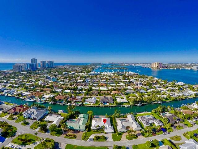 1101 Coral Way, Riviera Beach, FL 33404