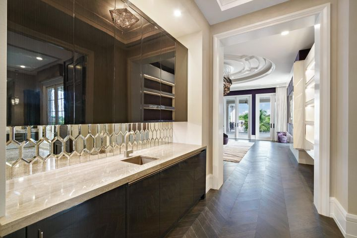 Master Bedroom Wet Bar