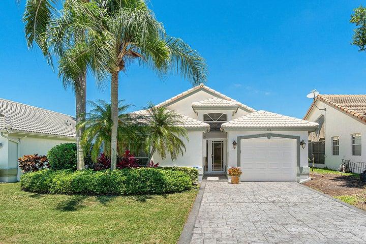 6061 Bluegrass Drive, Boynton Beach, FL 33437