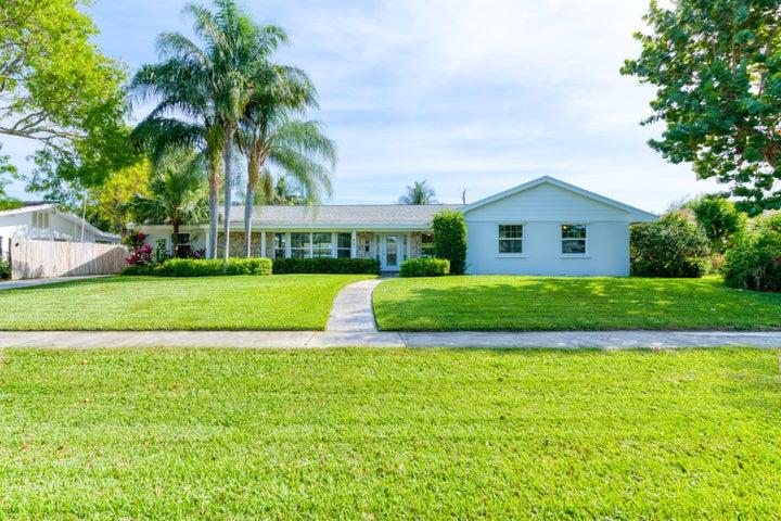 501 Privateer Road, North Palm Beach, FL 33408