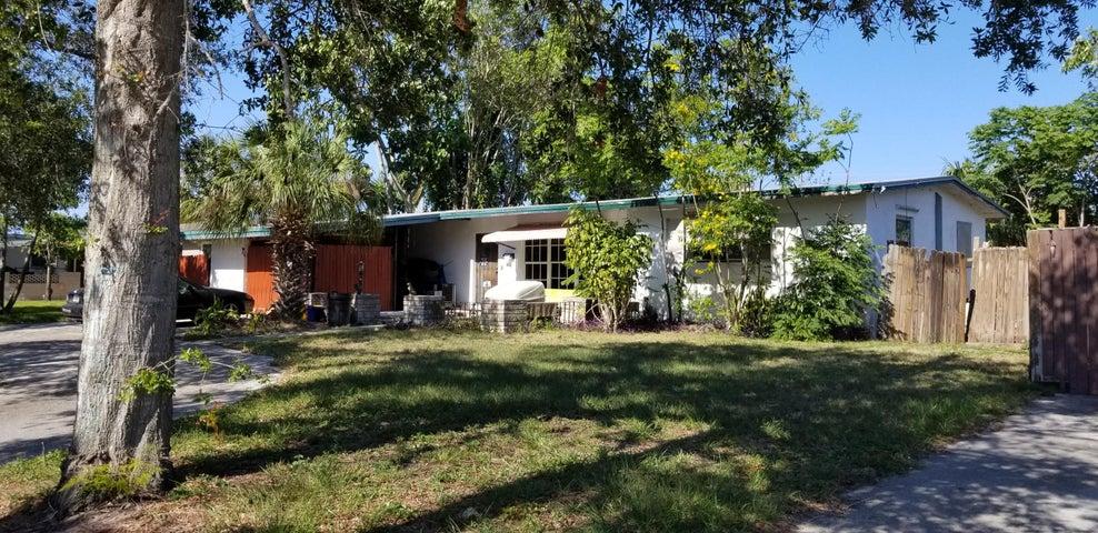 416 Prosperity Farms Road, North Palm Beach, FL 33408