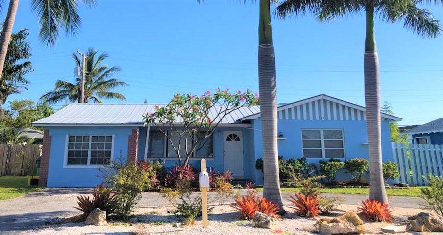 166 E 29th Court, Riviera Beach, FL 33404