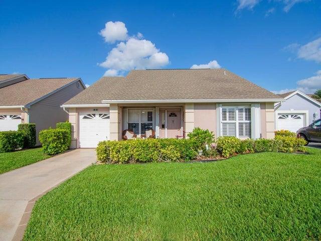 424 NW Chianti Court, Port Saint Lucie, FL 34986