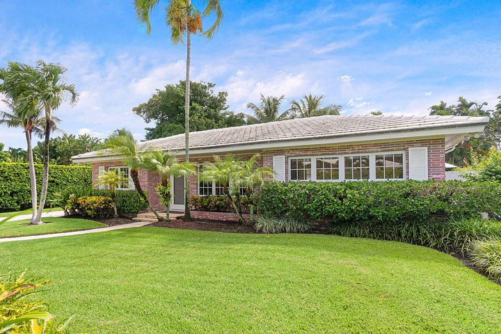 1465 Laurie Lane, Palm Beach, FL 33480