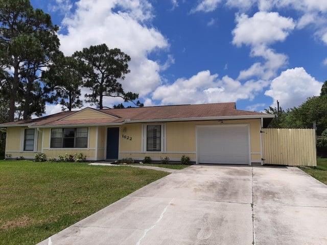 1622 SW Schleicher Lane, Port Saint Lucie, FL 34984