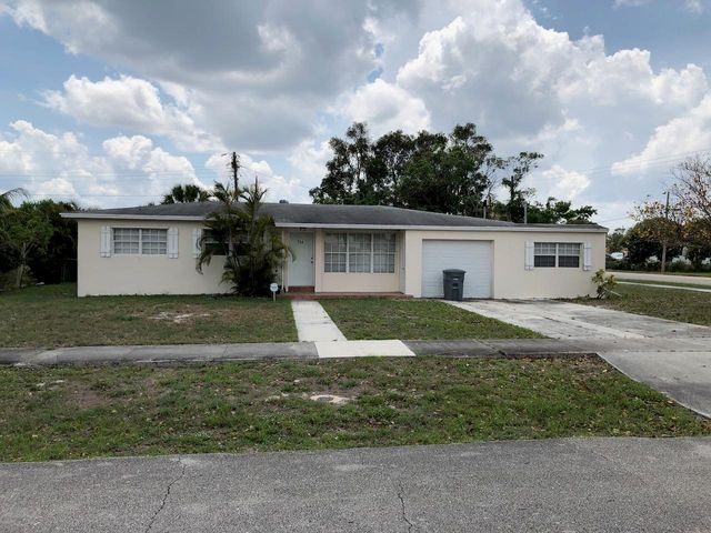 754 Evergreen Drive, Lake Park, FL 33403