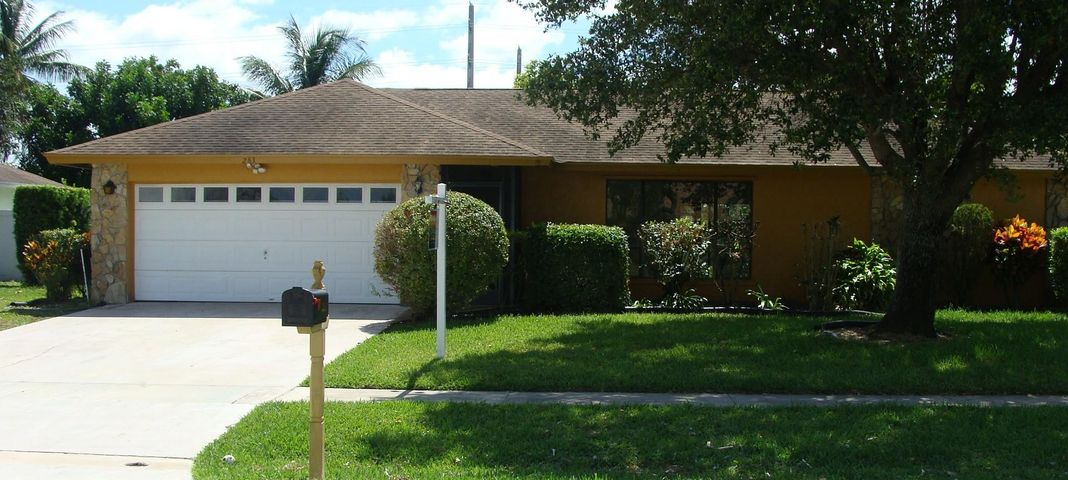 283 Las Palmas Street, Royal Palm Beach, FL 33411