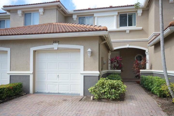 2034 Oakhurst Way, Riviera Beach, FL 33404