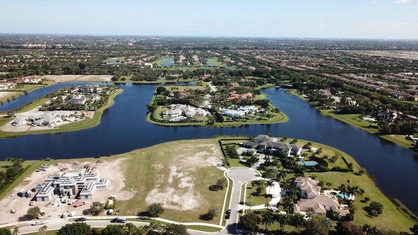 9423 Bent Grass Court, Delray Beach, FL 33446