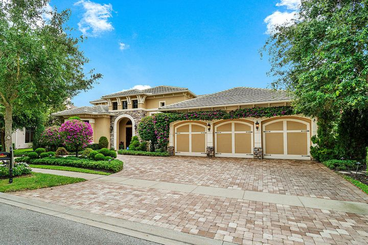 9897 Equus Circle, Boynton Beach, FL 33472