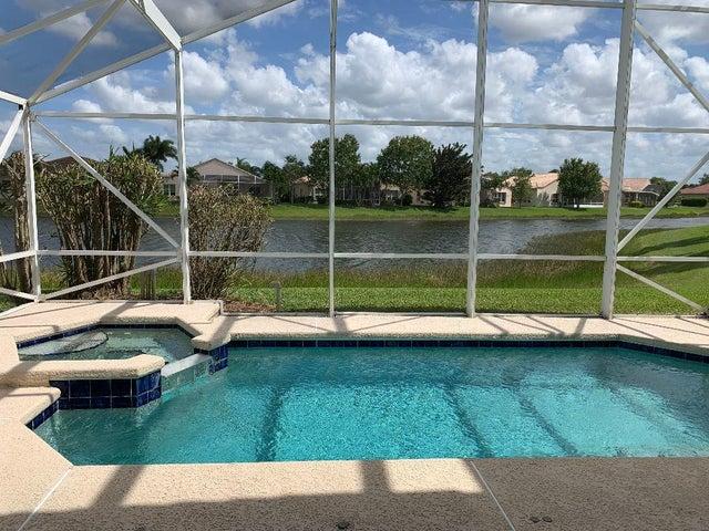 360 NW Shoreline Circle, Saint Lucie West, FL 34986