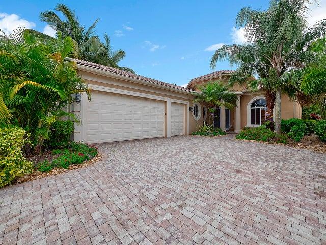 158 Esperanza Way, Palm Beach Gardens, FL 33418