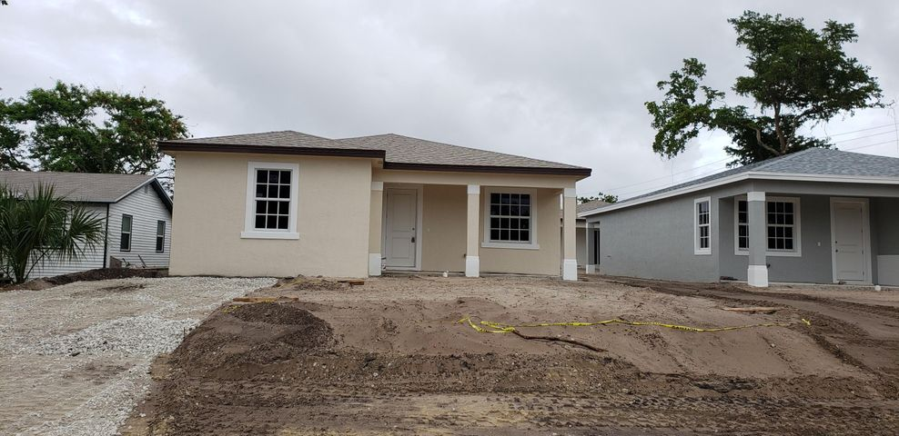 70 Ethelyn Drive, West Palm Beach, FL 33413