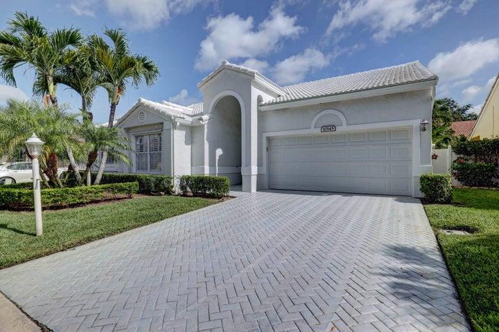 10145 Aspen Way, Palm Beach Gardens, FL 33410