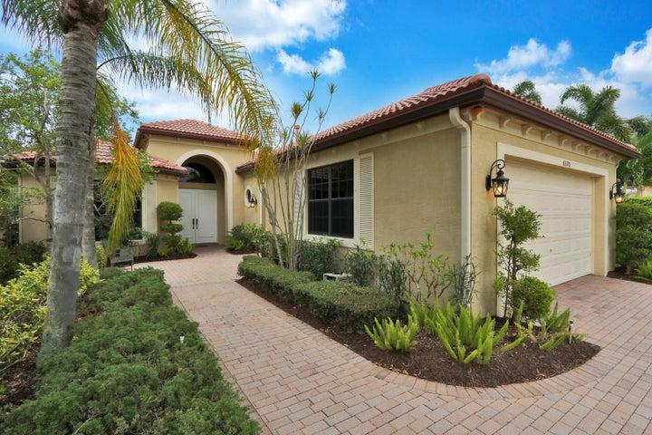 6570 Sparrow Hawk Drive, West Palm Beach, FL 33412