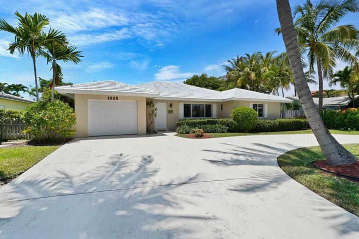 1225 N Harbor Drive, Riviera Beach, FL 33404