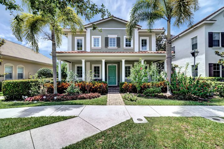 250 Edenberry Avenue, Jupiter, FL 33458