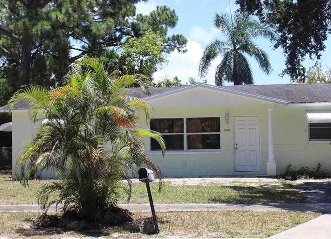 1759 16th Court N, Lake Worth, FL 33460