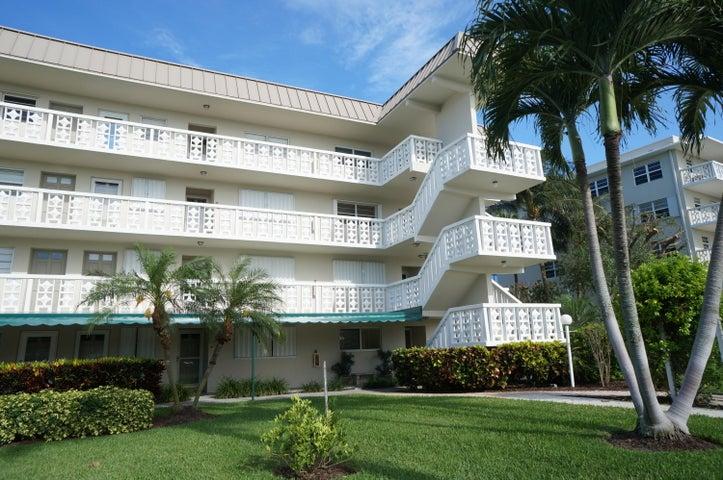52 Yacht Club Drive, 301, North Palm Beach, FL 33408