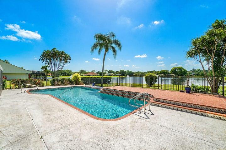 6462 Woodthrush Court, West Palm Beach, FL 33418