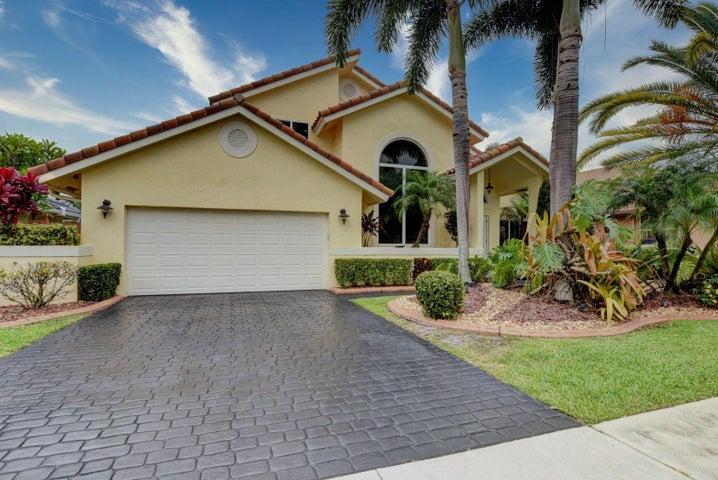 327 Seneca Lane, Boca Raton, FL 33487