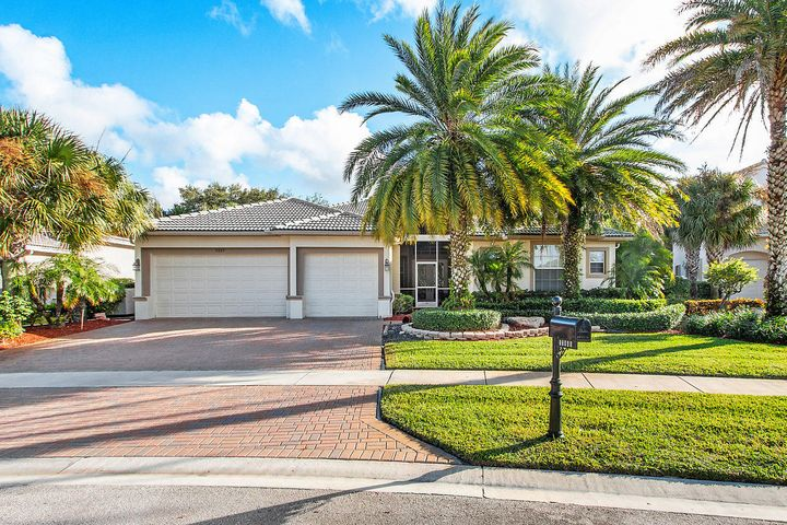 11869 Osprey Point Circle, Wellington, FL 33449