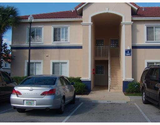 1091 Golden Lakes Boulevard 421, West Palm Beach, FL 33411