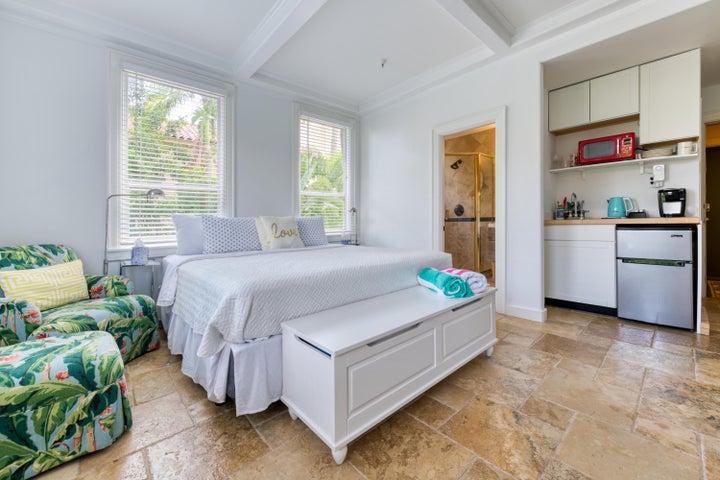 235 Sunrise Avenue 1030, Palm Beach, FL 33480