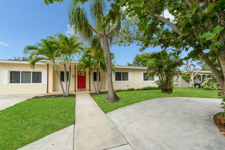 1337 W Ocean Avenue, Lantana, FL 33462